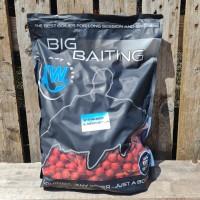 Big Baiting Boilies - Strawberry & Asafoetida - 20 mm, 5kg